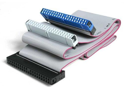 Шлейф с возможностью подключения двух устройств (IDE)