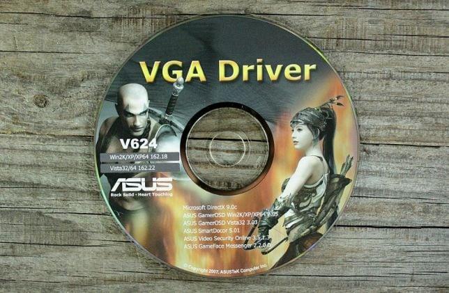 Компакт-диск с драйвером для видеокарты