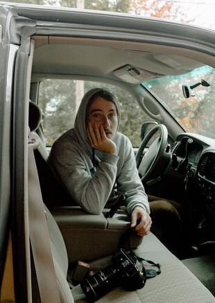 Мужчина в авто